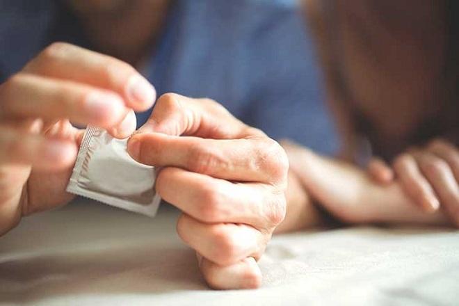 cách xử lý khi bao cao su bị tuột